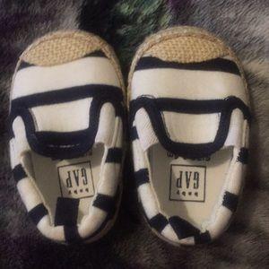 Baby gap cute foot wear